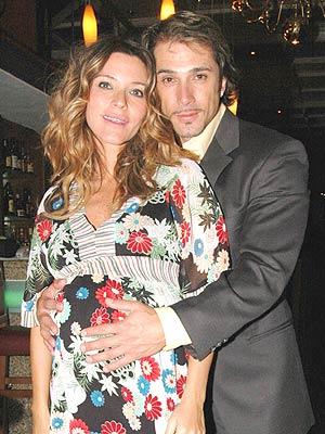 Isabela Camil y Sergio Mayer