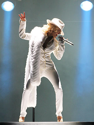 Christina Aguilera en concierto.