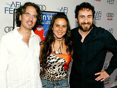 Juan Carlos Valdivia, Kate del Castillo y Demián Bichir.
