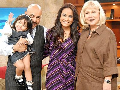 Lupillo Rivera y su familia visitaron a Cristina Saralegui.
