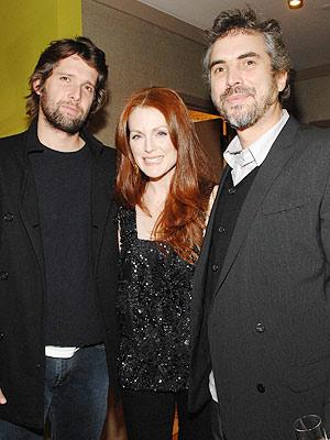 Alfonso Cuaron y Julianne Moore
