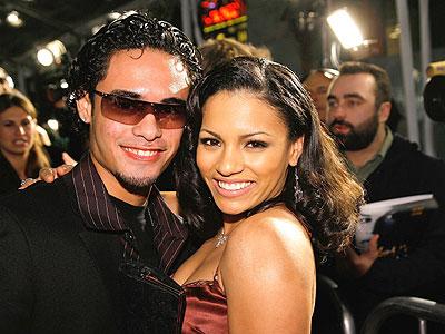 Gabriel Chavarria y April L. Hernandez