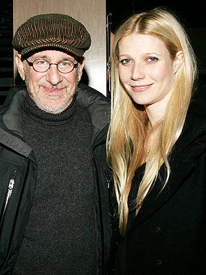Steven Spielberg y Gwyneth Paltrow