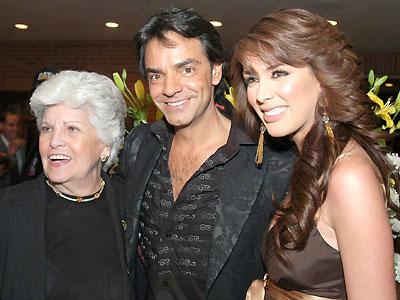 Eugenio Derbez y Jacqueline Bracamontes
