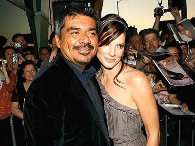 George Lopez y Sandra Bullock