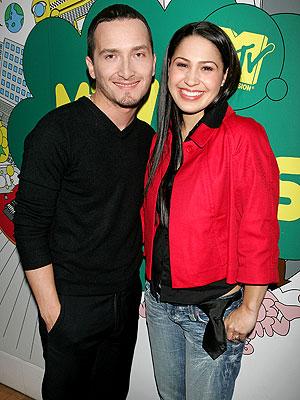 Jennifer Peña and Obie Bermúdez