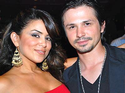 Alysha del Valle y Freddy Rodriguez