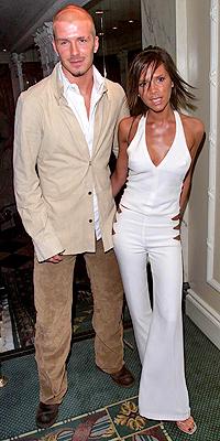 David y Victoria Beckham en 2001
