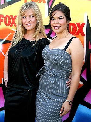 America Ferrera y Ashley Jensen
