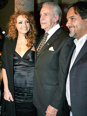 Angelica Rivero, Julio Aleman y Carlos Vivero