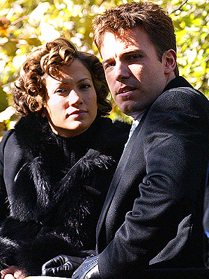 principal Ben Affleck y Jennifer Lopez