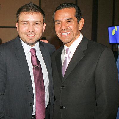 Poncho Lizarraga y Antonio Villaraigosa