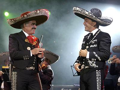 Cristian Castro y Vicente Hernandez