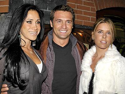 Juan Soler con Maki y Monica Noguera