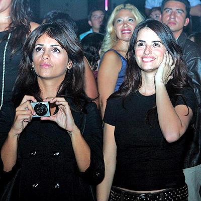 Monica y Penelope Cruz
