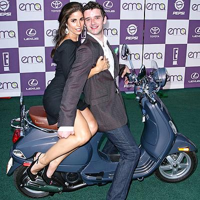 Ana Ortiz con Michael Urie