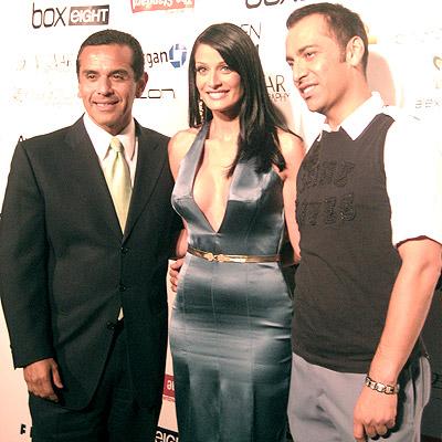 Antonio Villaraigosa, Dayanara Torres y Eduardo Lucero