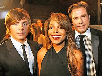 Zac Efron, Janet Jackson y John Travolta