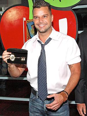 principal 10.12.07 Ricky Martin