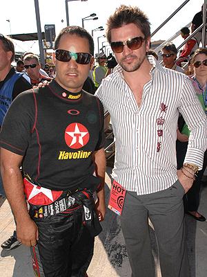 principal Juanes y Juan Pablo Montoya