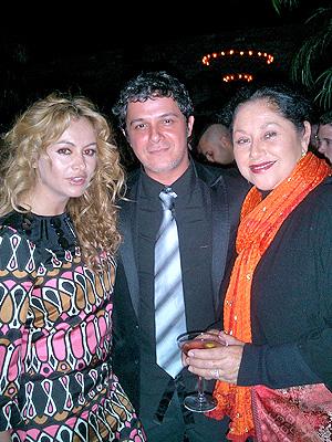 principal Bella: Paulina Rubio, Alejandro Sanz y Angelica Aragon