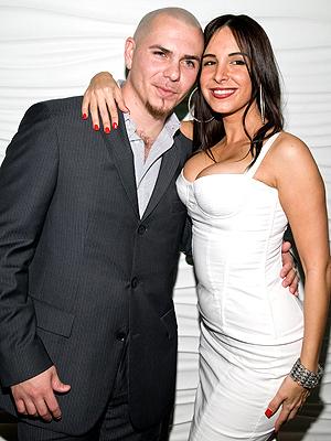 Pitbull y Mayra Veronica