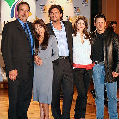 Vivir Sin Ti: Jose Angel Llamas, Diego Olivera, Elizabeth Cervantes y Omar Fierro