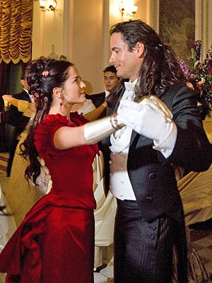 Danna Garcia y Mario Cimarro de la telenovela La Traicion