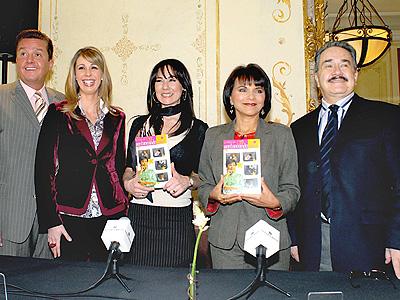 Daniel Bisogno, Atala Sarmiento, Monica Garza, Paty Chapoy y Pedro Sola