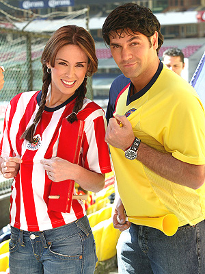 Jacqueline Bracamontes y Valentino Lanus
