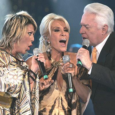 Alejandra Guzman, Yuri y Enrique Guzman