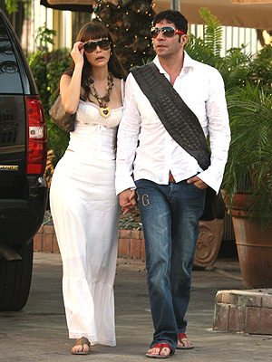 principal espanol Jorge Kahwagi y Marlene Favela