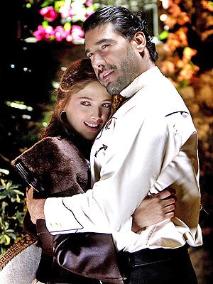 Adela Noriega y Eduardo Yanez