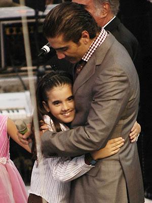 Alejandro Fernández e hija