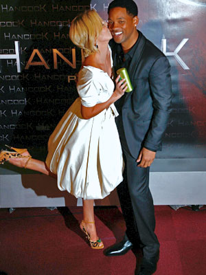Charlize Theron y Will Smith