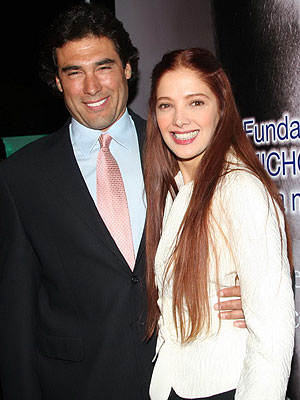 Eduardo Yáñez, Adela Noriega