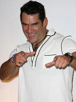 Eduardo Santamarina, Premios Juventud