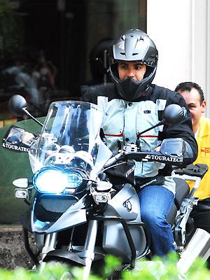 Jaime Camil, Famosos sobre ruedas