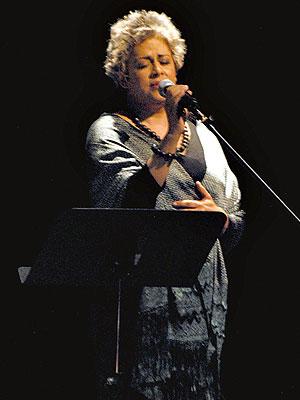 Eugenia León