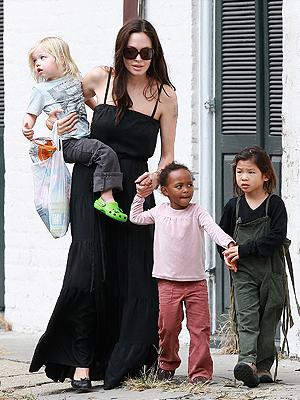 Angelina Jolie, Shiloh, Pax, Sahara