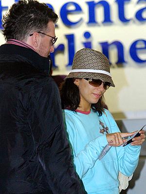 Eva Longoria, Viajeros