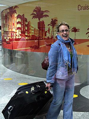 Laura Zapata, Viajeros