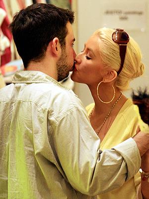 Christina Aguilera, Jordan Bratman, Besos