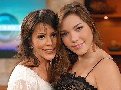 Alejandra Guzmán, Frida Sofía, El show de Cristina