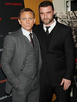 Daniel Craig, Liev Schreiber