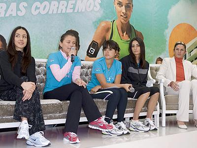 Cecilia Suárez, Ludwika Paleta, Ana Gabriela Guevara, Nosotras corremos
