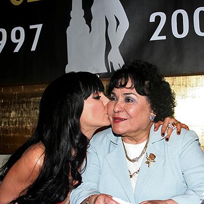 Maribel Guardia, Carmen Salinas, Aventurera
