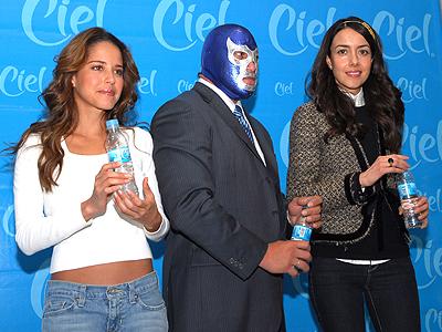 Ana Claudia Talancón, Blue Demon, Cecilia Suárez