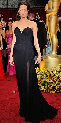 Angelina Jolie, NEGRO