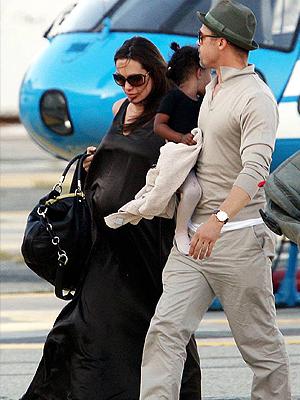Angelina Jolie, Brad Pitt, Viajeros